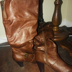 Brown pleather heel boots